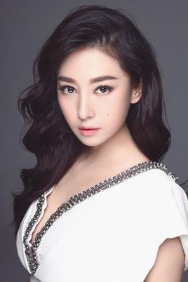 高采贻 《缺宅男女》中的角色 贾晓晨饰演