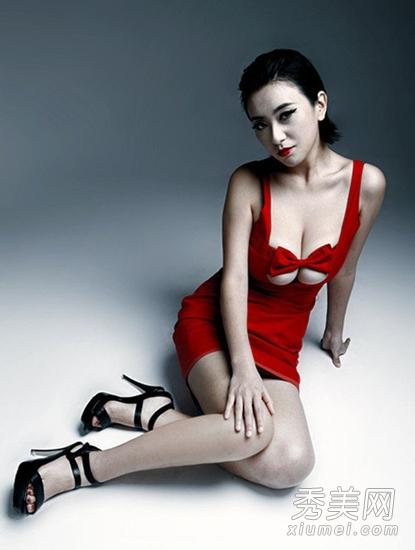 赵铭性感艺术写真照曝光 在《让子弹飞》中饰演被强暴的民女